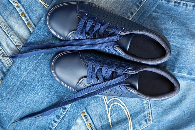 młodzieżowe obuwie